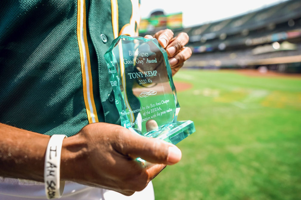 Yastrzemski, Kemp win Giants and Athletics Bill Rigney Good Guy Awards